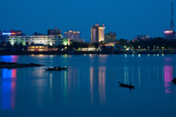 The Perfume River bisects the central Việt Nam city of Huế