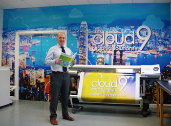 Cloud 9, Managing Director, Peter Carroll with Roland SP-540i