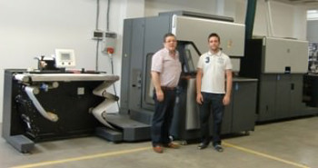 Father son, Manuel Carrascosa Parra and Manuel Carrascosa Saavedra with the new HP Indigo WS6600 Digital Press