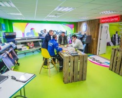 See the latest Large Format Digital Printers from Roland and HP in the new Creative Centre