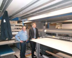 L-R Gordon Morrow, Digital Development Manager and Jamie McMinnis, Digital Director, Minprint with HP FB700